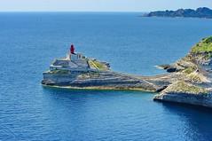 Corse du Sud, Bonifacio 148 le phare à l'entrée du port (paspog) Tags: france corse corsica bonifacio abigfave estremità