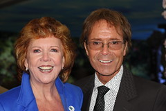 Cliff and Cilla at The Cayman Islands Undersea Reef Garden, Chelsea Flower Show (Don McDougall) Tags: show flowers cliff black floral 50mm flora chelsea richard 100views 100 flowershow cilla chelseaflowershow cliffrichard cillablack mcdougall donmcdougall
