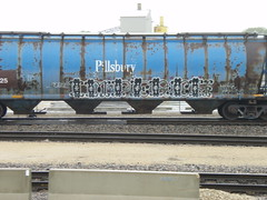 rolling by... impeach (feck_aRt_post) Tags: railroad train graffiti sooline soo hopper freight pillsbury impeach cronies rollby killas lyars soo125000