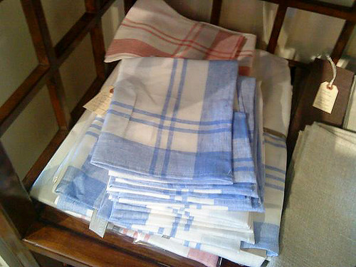 Libeco Checked Linen Tablecloth & Napkins