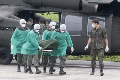 16 cuerpos helicoptero Af447