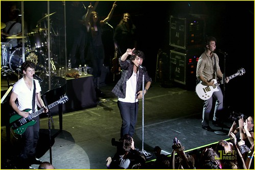 jonas-brothers-irving-plaza-concert-14