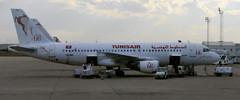 Un Airbus 320 de Tunisair (TS-IMD) (Citizen59) Tags: airplane airport tunisia aircraft flughafen 2008 avion  aroport tounes