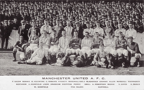 Manchester United 1904-05 team photograph