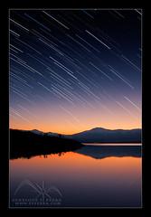 Lluvia de estrellas sobre Pealara (efferra) Tags: madrid spain estrellas nocturna reflejos montaas sierradeguadarrama amaneceresyatardeceres embalsesypresas
