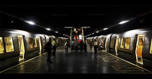 city light luz electric subway nikon metro venezuela ciudad caracas passengers iso blackout emergencia eléctrico pasajeros colapso d40 apagón oscuras