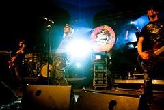 Shaka Ponk Live Concert @ Cabaret Vert 2009-100 (Kmeron) Tags: k concert nikon tour live steve gig vince cc v shaka 2009 ion charleville goz frah ponk d90 scene2 mezieres shakaponk mandris kmeron cabaretvert vincentphilbert wwwkmeroncom wwwmusicfromthepitcom lastfm:event=1037880