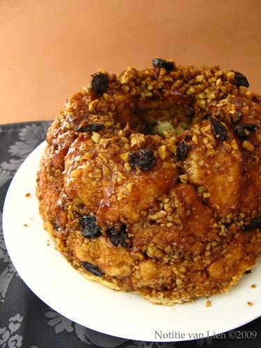 Cinnamon-walnut Sweet Bread (p.306)