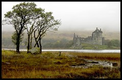 Kilchurn Castle (Photographic View Scotland) Tags: castle scotland bravo argyll glencoe tp preservation lochawe naturesfinest kilchurncastle supershot abigfave platinumphoto flickrdiamond thebestofday saariysqualitypictures updatecollection gununeniyisi