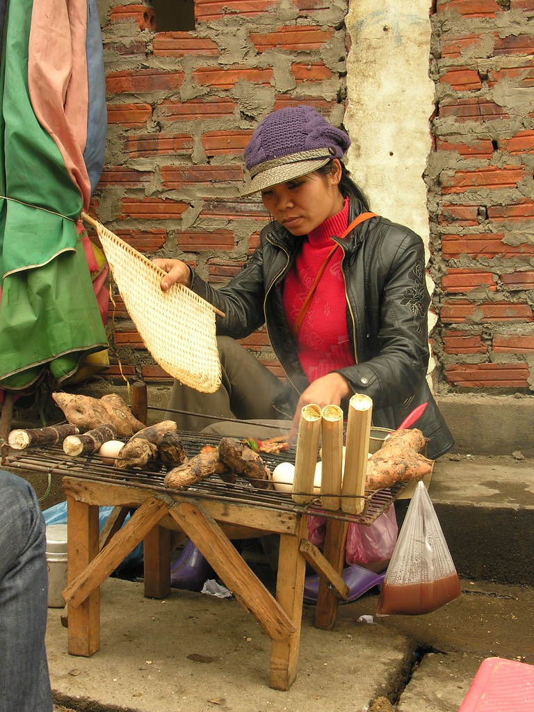 Grilled root vendor