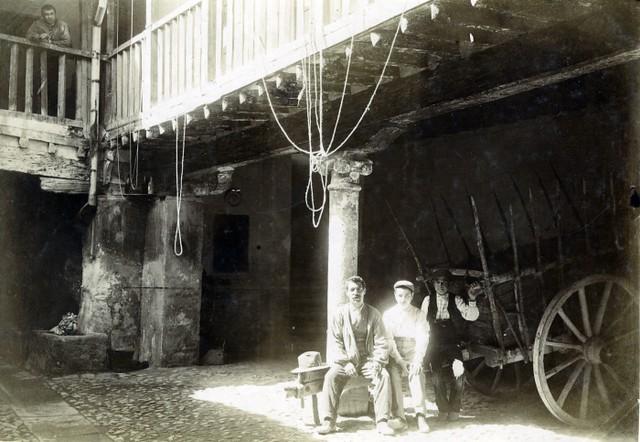Posada de la Sangre en junio de 1905. Fotógrafo anónimo. Colección Luis Alba. Ayuntamiento de Toledo