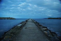 El espign (Bastet >^.^<) Tags: sea beach muelle mar asturias playa oviedo espign cands