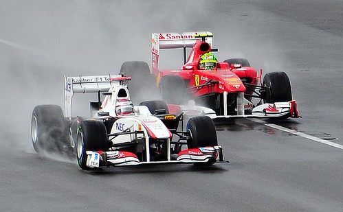 Kobayashi Leads Massa In the Wet