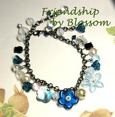 friendship-bracelet (B150)