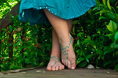 Barefoot Sandals (The Cat's MeOM) Tags: blue girls green feet girl leaves self outdoors foot shoe beads shoes all outdoor sandals teal bare jewelry skirt thong barefoot bead timer 2009 sandal anklet selfy selfie img7463 ladybead