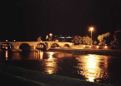 Ponte de Pedra, Kamen Most, Skopje, Macedónia