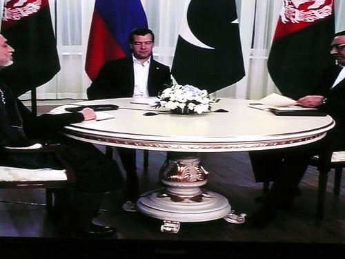 Medvedev,Karzai and Zardari talks about regional security through a trilateral format, a first for the SCO