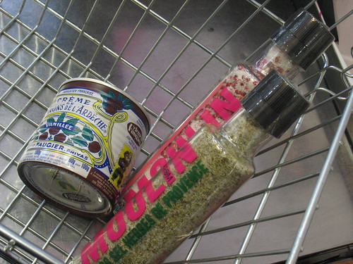 Monoprix shopping basket
