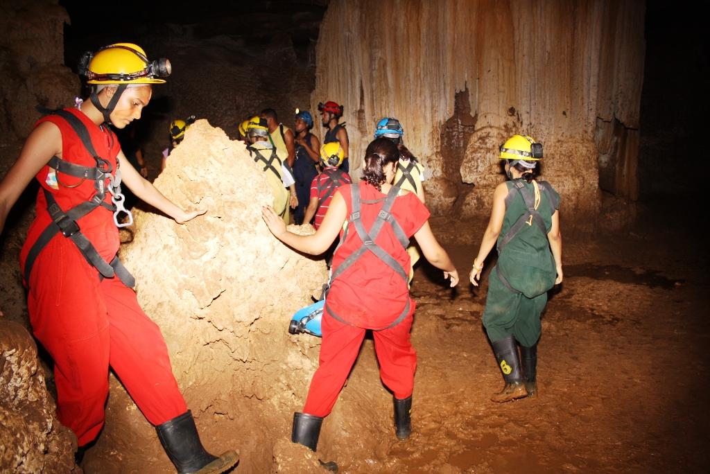 Cuevas exp