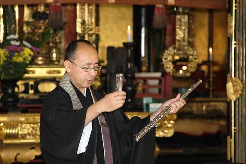 フルートで仏教讃歌~順光寺仏教婦人会10月定例会