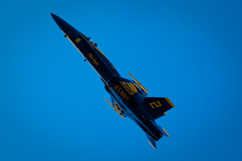 Blue Angels 2009: steep climb