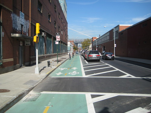 Kent Ave Protected Bike Lane