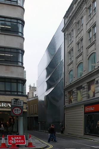 Londres, 10 Hills Place. Amanda Levete - Jose Carlos Melo Dias