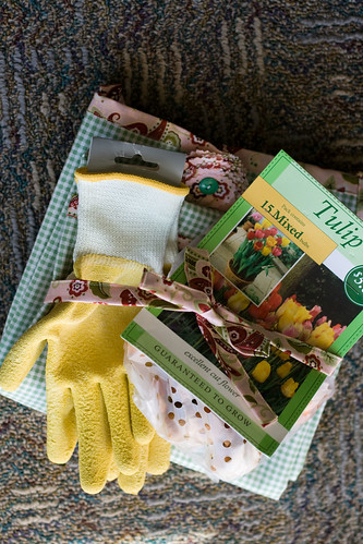 garden artist apron
