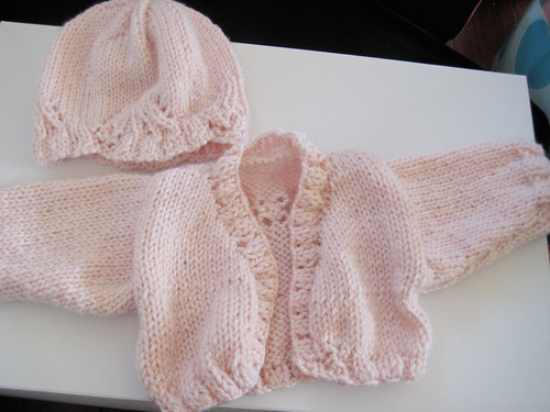 baby-sweater-hat