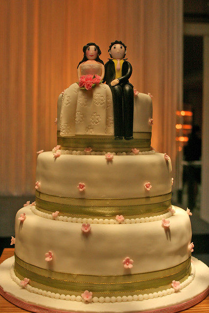 A real wedding cake, no fake layers!