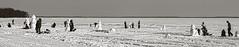 Snowman on the beach / Sur la plage (Gilles Meunier photo) Tags: smowman oka beach winter hiver plage bonhommedeneige
