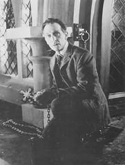 Peter Cushing as Van Helsing (by DK Rising)