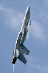 f18 at Volkel (Spaak) Tags: airplane fighter jet airshow hornet f18 vliegtuig volkel opendagen straaljager 1501 ejercitodelaire luchtmachtdagen spanishairforce ef18
