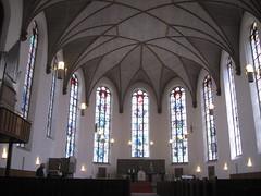 Frankfurt: Katharinenkirche (zug55) Tags: church germany deutschland hessen frankfurt interior frankfurtammain hesse churchinterior katharinenkirche franfurtammain