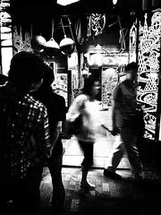 20090627_shinjuku_26 (pqw93ct) Tags: bw white black blur monochrome japan tokyo shinjuku 東京 ricoh 新宿 blurring モノクロ 白黒 ブレ gx200