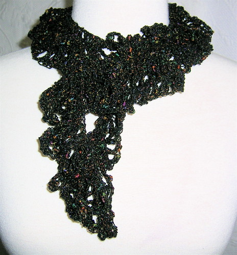 Frilly Scarf Black