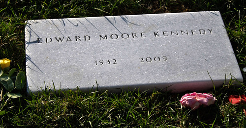 ted kennedy's grave