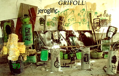 grifoll instalacin JEROGLFIC (GRIFOLL Art & Folish Games) Tags: barcelona portrait people baby paris art museum flickr gallery arte retrato fine photographic fotos download blogspot ars poetica hombrecillo berga poema poble homenet descargar grifoll casserres crapules crapulistica poeticacrapulistica