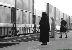 Death Watches a Train (El Roco Photography) Tags: hijab niqab
