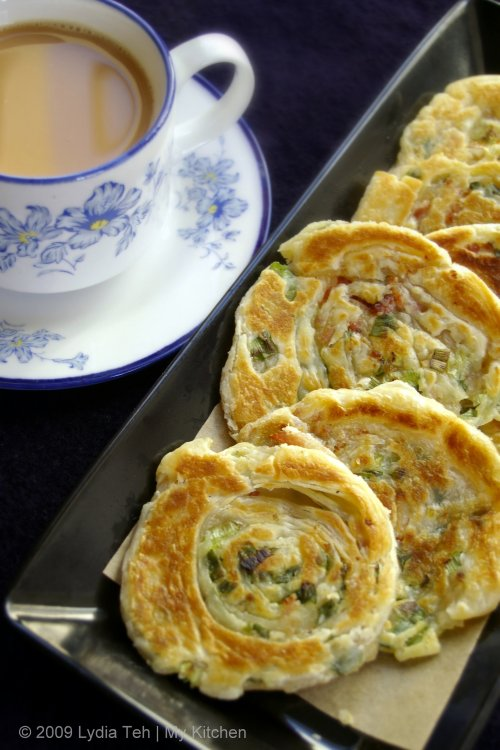 Crispy Shallot Pancake (葱油饼)