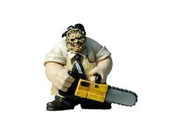 Massacre da Serra Eltrica (Dachshund Clube) Tags: halloween toy brinquedo leatherface fafoslandia massacredaserraeltrica