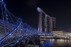 Evening Shoot At Marina Bay ([ Wesley Sng Photography ]) Tags: city bridge light sky art beauty museum night marina bay sand singapore scene laser helix sands luxury mbs
