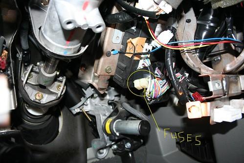 picture of added fuses http://farm3 static flickr com/2471/   c98838 jpg?v=0
