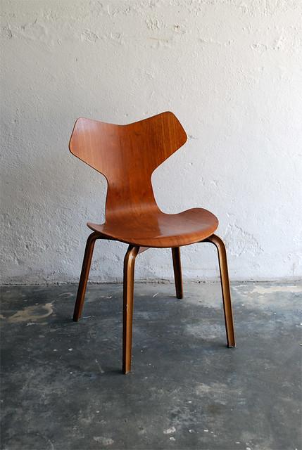 Arne Jacobsen 3130 aka Grand Prix