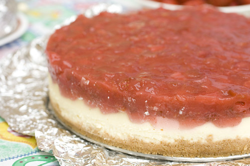 strawberry rhubarb cheesecake 3