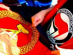 Antifa und DDR ??? (CBKai) Tags: juni essen streik ddr nrw 17 ruhrgebiet fahne 2009 flagge aktion antifa antifaschistische schülerstreik bildungsstreik
