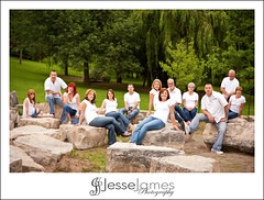 Family Portrait (Jesse James Photography) Tags: family portrait outside flash strobist familyportraitrocksposingnikond7008514