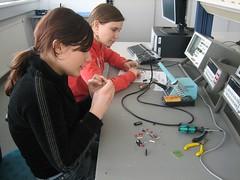 SCHNAU – Schüler/innen entwickeln naturwissenschaftliche Aufgabenstellungen