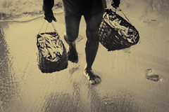 (Luqman Marzuki) Tags: sea fish beach canon eos 50mm fisherman sand shore footprint 50d jember papuma mantosz