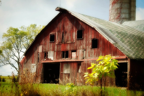 red barn in Indiana